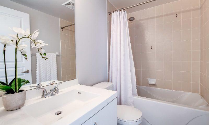 SCHÖNES BAD – Badezimmer wohnlich gestalten um wenig Geld