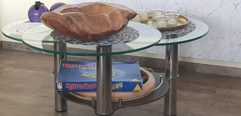 Sehr oft spielen wir am Abend unsere Lieblingsspiele, wie: RummyCup und Dart