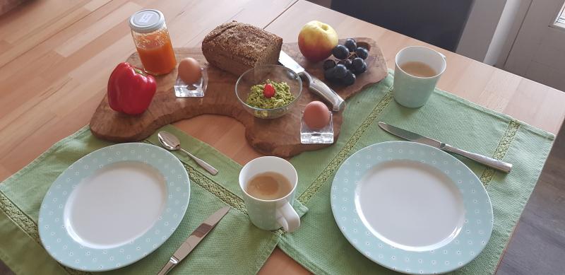 Kreaitves Frühstück mit den Ampelfarben